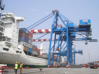 la-douane-beninoise-sensibilise-les-acteurs-portuaires-–-quotidien-le-matinal